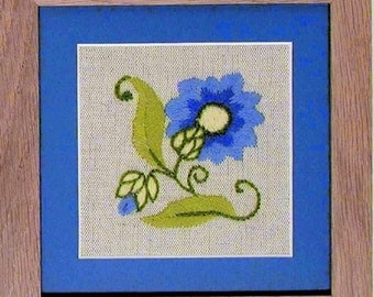 CW 423 Cornflower Starter beginner Crewel Embroidery Kit
