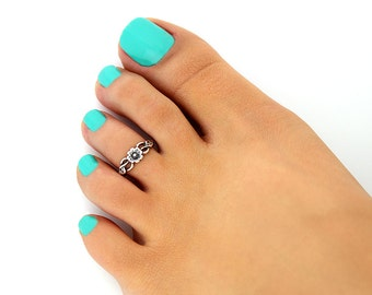 Sterling silver toe ring Flower design adjustable toe ring Also knuckle ring(T-15)