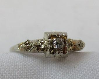 1940s Diamond Engagment Ring in 14k White Gold