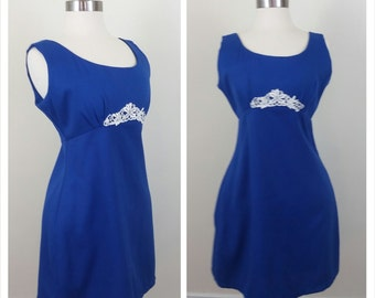 CLEARANCE 90s mini dress royal blue with white lace detail