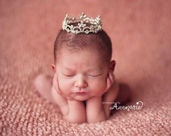 Newborn Crown Photo Prop Short 4003