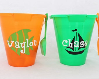 Beach Bucket with Shovel. Personalized kids pails.  Name or monogram bucket. Boy and girls beach buckets. Multiple logos and colors.