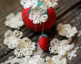 Tiny Crochet Flower Embellishment