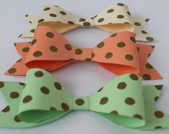 Mignon et Unique papier Bow, fantaisie cadeau papier d'emballage, carte mère Bow, papier dimension noeud, noeud papillon.