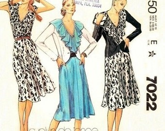 McCall's 7022 Razzle Dazzle Jacket & Dress 1980 / SZ8 UNCUT