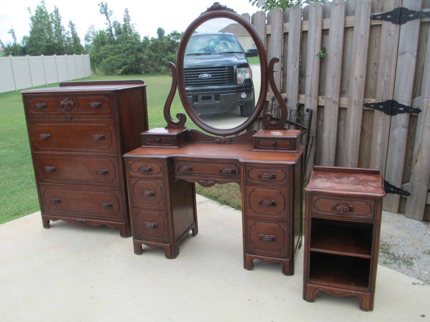 Solid Walnut 3 Piece Lillian Russell Bedroom Made In The Usa