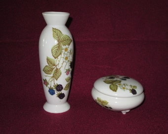 Vintage Takahashi San Francisco Berry Vase Set