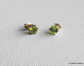 Peridot Sterling Silver Earrings - Round Peridot - August Birthstone (GS-19)