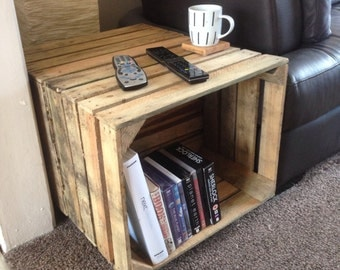 Crate coffee table / Side table, Handmade, Reclaimed, Rustic style