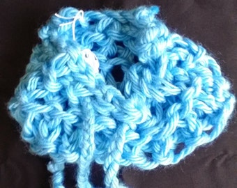 Knit Large-Gauge Drawstring Pouch