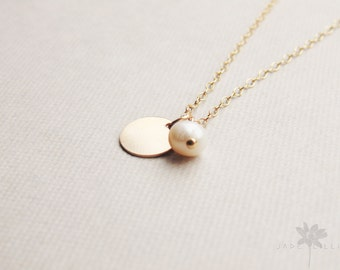 white Freshwater pearl circle disc charm pendant 14k gold filled chain necklace