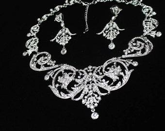 Crystal filigree necklace