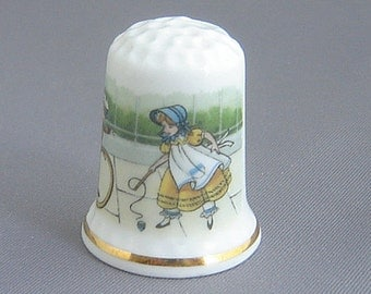 Royal England Thimble - Games of Yesteryear
