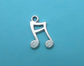 50 Sixteenth Notes Music Charms silver tone semiquaver BULK (EB-S109)