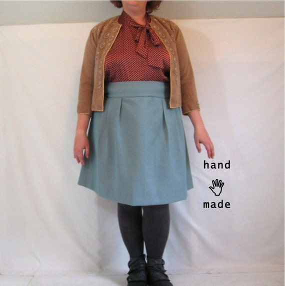 SALE - Flatterer Skirt - 50 inch waist, plus size, women's skirt, handmade in taupe and turquoise dot vintage fabric -- 50W-62H