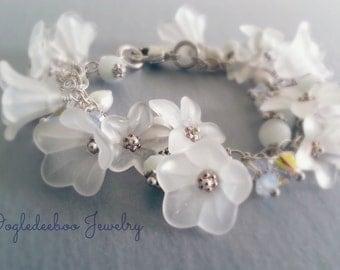 Lucite Flower Bracelet Sterling Silver White Flowers Wedding Jewelry