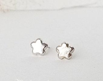 Little flower earrings, 925 Fine Sterling Silver, Tiny Blossom minimalist stud, Charm Kids Earrings, Unisex gift