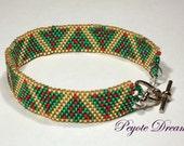 Christmas Tree peyote bracelet