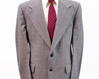 Men's Blazer / Vintage Grey Plaid Jacket / Wide Lapels / Size 42 Large