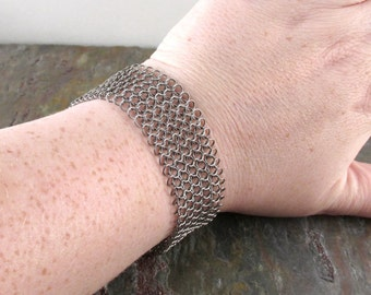 Chainmaille Stainless Steel European 4 in 1 Welded Mesh Band Bracelet