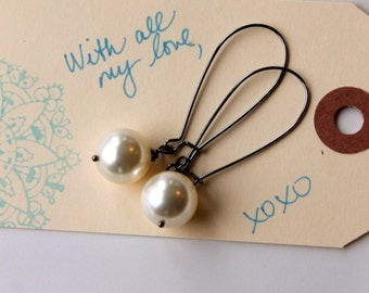 Pearl Earrings, Large Cream Pearls, Gunmetal Kidney Earwires, Swarovski Pearls, Gift for Her