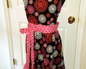 Circling Hearts Pink and Black '50 Retro Inspired Ladies Apron