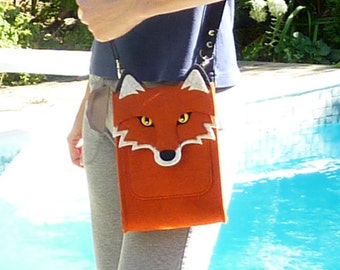 Fox purse with pocket for iPad mini 1, 2, 3, 4 or smaller devices