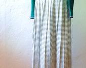 Pleated Midi Skirt - S/M - Vintage Cream & Black Windowpane Plaid