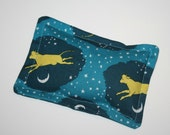 Hot and Cold Pack - Heat Therapy Pad - Cow Jumping Over the Moon - Goodnight Moon - Organic Cotton - Microwave Heat Therapy Pack