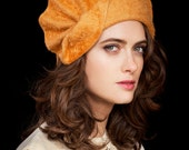 Una - gold fur felt cloche