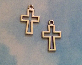 10 cross outline charms, silver tone, 18mm