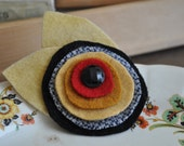 Classic Wool Felt Flower Pin, Vintage Black Glass Button,Red and Gold,Reclaimed Wool Felt, Girlfriend Gift, Mothers Day Gift, Gifts under 20