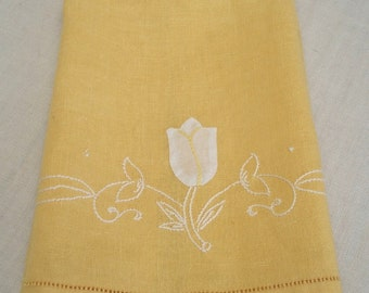 Vintage Yellow Guest Towel with White Applique Tulip