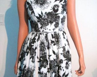 Vintage 50's 60's Rockabilly, sundress, Ann Margret,  party, full skirt Dress.  Spaghetti straps.  Mint UNWORN.