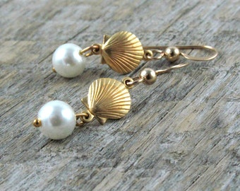 Sea Shell Earrings Mermaid Gift Pearl Earrings Beach Wedding Sea Ocean Dangle Earrings - Seashell