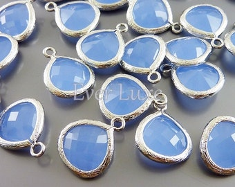 2 periwinkle blue 13mm glass teardrop with bezel frame charms, jewellery supplies 5064R-PW-13 (bright silver, periwinkle, 13mm, 2 pieces)
