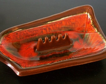 Calif. USA Mid Century Modern Atomic Vintage Art Pottery Orange and Brown Ashtray E33