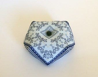 Titania - Blackwork biscornu pattern embroidery cross stitch PDF download