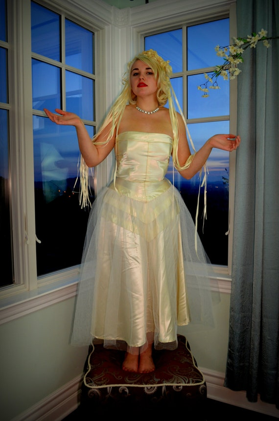 Vintage Style Wedding Dress 40s Ivory Satin And By