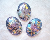 Vintage 25x18mm floral hand painted cameo - MN75