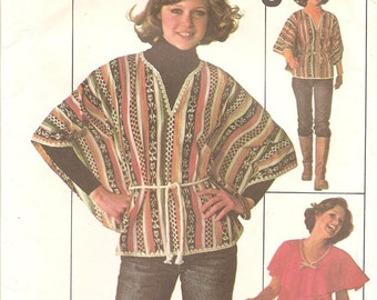1970s Poncho and Top - Vintage Pattern Simplicity 7706 - Bust 34 36