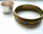 Engraved brass bangle bracelet / painted textured flowers / Indian Pakistani South Asian Gypsy Bohemian Nomadic