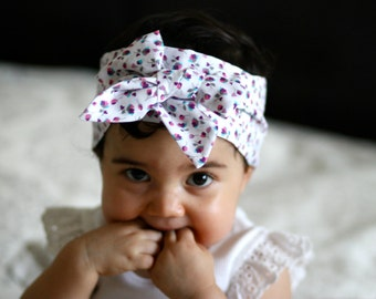 Lilac and white floral Headscarf