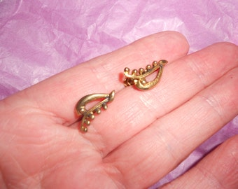 Pea Pod Earrings Hogan Bolas Modernist Gold Vermeil On Sterling Silver -Signed Mid Century- Gorgeous And Unique