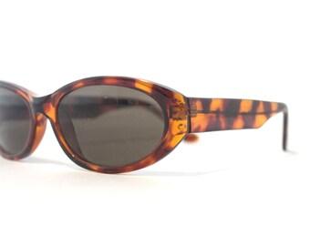 Vintage Tortoise Shell Sunglasses for Women.