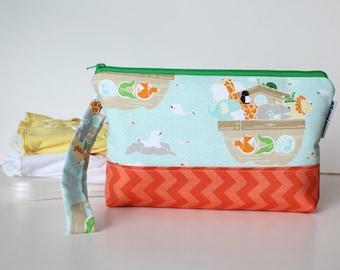 diaper and wipes clutch -- noah's ark
