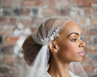Silk tulle juliet cap veil - 1930s vintage style veil with french net and beaded floral lace - chapel length, waltz length, cathedral length