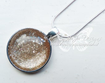 All That Glitters Is Gold Sparkle Glass Tile Necklace