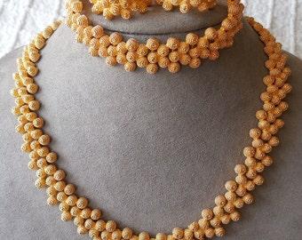 Vintage Gold Link Choker Necklace - Earrings - Bracelet Set    KM13