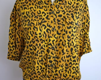Double Breasted Short Sleeve Leopard Print Blouse